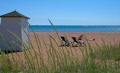 Rantaelämä luonnistuu kotimaassakin. Esimerkiksi nämä viisi rantaa ovat niin kauniita, että ne pärjäävät mainiosti monille kansainvälisillekin kohteille. Archipelago, Food Pictures, Finland, Mythology, Mountains, History, Tofu, Beaches, Nature