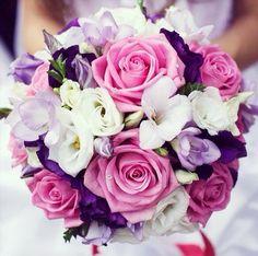 Gorgeous wedding flowers!