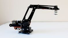 An Arduino-powered 4-axis parallel-mechanism robot arm