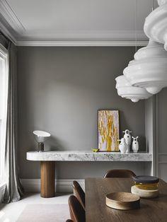 Armadale Residence by Pleysier Perkins and Sanders & King Australian Interior Design, Interior Design Awards, Gray Interior, Interior Design Studio, Australian Homes, Modern Decor, Modern Design, Dining Nook, Dining Table