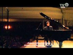 Johann Sebastian Bach Keyboard Partita No.2 in C minor, BWV 826 Piotr Anderszewski, Piano Sinfonia 0:00 Allemande 4:15 Courante 8:33 Sarabande 10:49 Rondeaux...