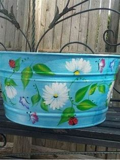 10 gallon Hand Painted Galvanized Tub by krystasinthepointe Galvanized Wash Tub, Galvanized Buckets, Painted Trash Cans, Paint Cans, One Stroke Painting, Tole Painting, Donna Dewberry Painting, Decoupage, Hand Painted Chairs