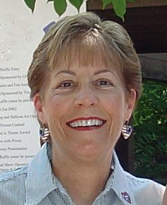 May I Introduce To You . . . Diane Gould Hall. Come meet blogger Diane Gould Hall of the Michigan Family Trail blog in this interview by Gini Webb at GeneaBloggers. #genealogy