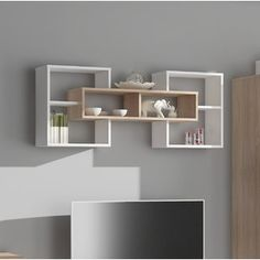 3 Surprisingly Neat and Pleasing Storage Inspirations for Small Bedroom Decor Ideas - Turn your cramped room into a cozy personal quarter with these smart, space-saving storage tricks. They offer a tidy look to your small bedroom interior. Unique Wall Shelves, Corner Wall Shelves, Home Decor Shelves, Wall Shelf Decor, Wall Shelves Design, Bookshelf Design, Room Shelves, Small Bedroom Interior, Bedroom Decor