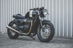 Triumph Street Twin Cafe Racer by deBolex Engineering #motorcycles #caferacer #motos | caferacerpasion.com