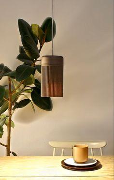 """""""PERSEA IST EINE DIGITAL KONZIPIERTE UND IN DER ADDITIVEN FERTIGUNG HER- GESTELLTE DESIGNLEUCHTE AUS KOKOSNUSSSCHALEN."""" Lighting, Design, Home Decor, Decoration Home, Room Decor, Lights, Home Interior Design, Lightning"""