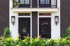 Diy Interior, Ikea Hacks, Curb Appeal, Garage Doors, Exterior, Windows, Patio, Lighting, Architecture