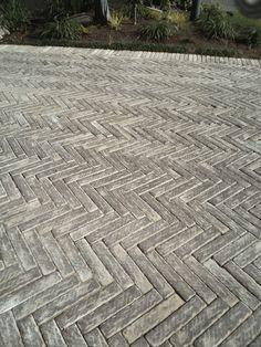 Herringbone paving. Paving for townhouses. Paving Unlimited.