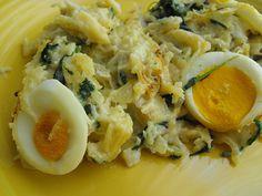 As receitas lá de casa: Bacalhau com espinafres no forno