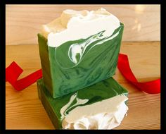 Walking in the mountains on a cool crisp snowy day, inhale the fresh mountain air. Thats what this soap smells like. Bright kelly green soap with Handmade Soap Recipes, Handmade Soaps, Christmas Soap, Green Soap, Olive Oil Soap, Soap Maker, Organic Soap, Soap Packaging, Goat Milk Soap