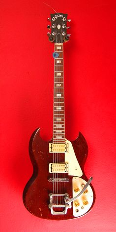 1971 Gibson SG Deluxe | via great magnet recording