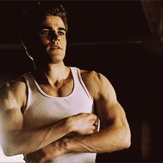 Stefan Salvatore flexing his muscles gif from The Vampire Diaries The Vampire Diaries, Paul Wesley Vampire Diaries, Vampire Diaries Wallpaper, Vampire Diaries The Originals, Vampires, Estefan Salvatore, Damon And Stefan Salvatore, The Salvatore Brothers, Vampire Daries