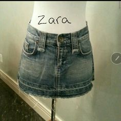 *Flash Sale *  Zara (TRF) skirt Great condition rhinestones on back pockets Zara Skirts
