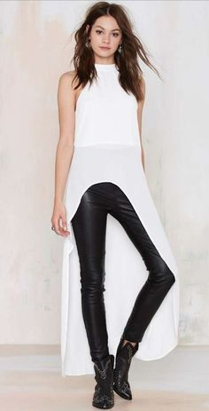 New obsession, Maxi tee Look Rock, Sexy Outfits, Casual Outfits, Fashion Outfits, Womens Fashion, Maxi Tee, Rocker Look, Mode Top, Fashion Line