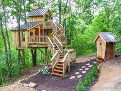 Bird Barn Treehouse - Pete Nelson