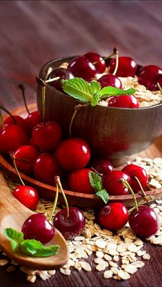 42 Trendy ideas for fruit pictures berries Red Fruit, Fruit Art, Fruit And Veg, Fruits And Vegetables, Pickled Cherries, Sweet Cherries, Berry, Vegetable Pictures, Fruit Picture
