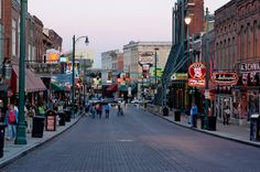 30 Things You Need To Know About Memphis - A great list of all that is good about Memphis!!