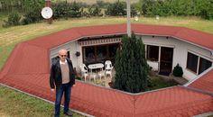 1999-ben építette az ingatlant Miklós, a gépészmérnök végzettségű kecskeméti férfi.