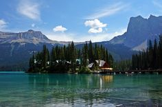 Emerald Lake Lodge at Emerald Lake, Yoho National Park, British Columbia, Canada