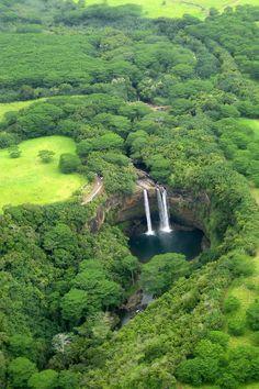 Kaua'i - Helicopter Tour: Wailua Falls