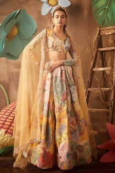 Indian Wedding Outfits, Indian Outfits, Indian Clothes, Yellow Lehenga, Lehenga Style, Indian Designer Suits, Indian Fashion Trends, Indian Dresses, Indian Saris