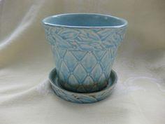 """Vintage MCCOY POTTERY Aqua/Blue FLOWER POT, Quilted Laurel Leaf, 4.5"""" high"""