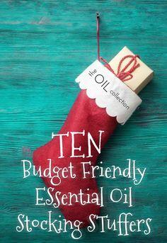 If you are looking for essential oil gift ideas on a budget, here are our best ideas for aromatherapy Christmas gifts. Curated by The Oil Collection.