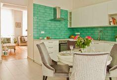 Belvárosi álomotthon - Patricia Dr. Somogyi - Picasa Webalbumok Kitchen Dinning Room, Home Staging, Table, Furniture, Design, Home Decor, Picasa, Decoration Home, Room Decor