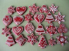 looove this...traditional Christmas