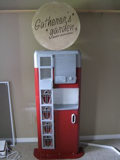 Bioshock Gatherers garden, would be cool to repurpose an old vending machine or fridge to look like this!