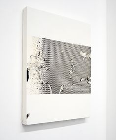 Ryan Estep {{messy, monochrome pop art is the first thing i think of when i see this, its interesting (gab) }}