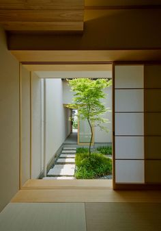 Japanese Style House, Japanese Interior Design, Japanese Home Decor, Japanese Garden Design, Home Interior Design, Asian Interior, Patio Interior, Japan House Design, Bedroom Minimalist