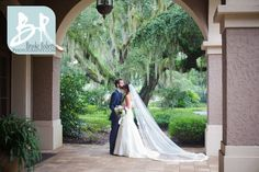 Gorgeous St Simons Island Private Island Wedding.  St Simons, Jekyll and Sea Island Photographers. Rainy day wedding but still beautiful!
