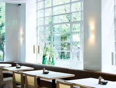 Granger & Co: Sunny, easygoing Australian restaurant in Clerkenwell Granger And Co, Bill Granger, Australian Restaurant, Notting Hill London, London Kids, Brunch Places, Surry Hills, London Places, London Map