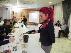 Asti, un corso per diventare assaggiatori di vino all'insegna di passione e competenza. « CentoTorri