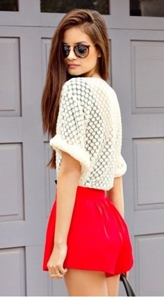 dot lace top + red shorts