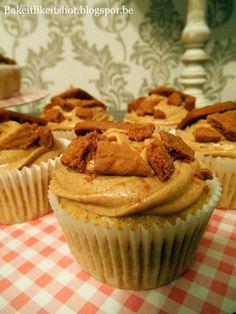 Bake it like it's hot: Speculaas cupcakes Cake Recept, Cupcakes, Mini Pies, Pie Cake, Muffin, Breakfast, Hot, Desserts, Vanilla