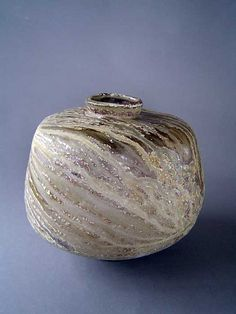 Owen Rye (Australian:1944) - Tasmanian Museum Collection Museum Collection, Various Artists, Handmade Pottery, Ceramic Pottery, Clay, Vase, Unique, Inspiration, Beautiful