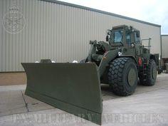 Heavy Construction Equipment, Heavy Equipment, Military Engineering, Cat Machines, Caterpillar Equipment, Armored Truck, Military Pictures, Heavy Machinery, Military Equipment