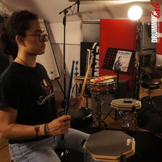 """Do you want to learn the FreeStroke at the Drumming Lab?  #Drumming #Lab #Paris #Frederick #Rimbert  #drumschool #drummers #drumteacher #drumlesson #drummer #drumming #drumlife #drumfam #studiodrummer #wizdomdrumshed #Dom #Famularo #ThePowerOfHistory #drumporn #moderndrummer #batteur #skypelessons #drumlessons #drumfamily #mapex #evansdrumheads #promarksticks #sabian Exercise for the Free Stroke (""""It's Your Move"""" Dom Famularo's book)"""