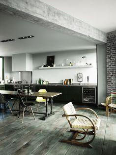 Where Industrial Meets Design Classics: A Dream Parisian Loft : DESIGN do.se