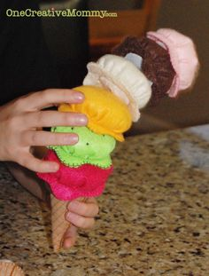Felt Ice Cream Tutorial and Free Patterns from OneCreativeMommy.com