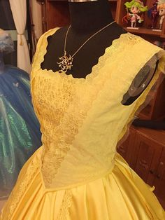 Welcome to Flora designs studio. We are located in beautiful California. We make special costume dress for little girl and adult. Our costume dress good for flower girl,birthday,party,Halloween.We strive to make highest quality and offer the best price. --------------------------------------------------------------------------------------------------- SIZE We provide regular size and customer size,there is no addition charge for customer size. We also provide handmade your own costume… Beauty And The Beast Costume, Disney Beauty And The Beast, Emma Watson, Beauty And The Best, Belle Dress, Quince Dresses, Medieval Clothing, Movie Costumes, Princesas Disney