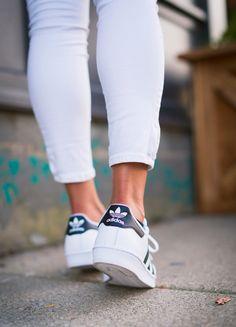Adidas Superstar, Pretty Woman, Amazing Women, Kicks, Footwear, Sneakers, Shoes, Fashion, Zapatos