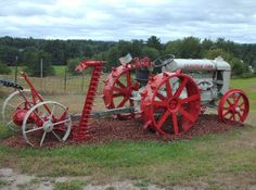 | Fordson Tractor - Grandview Farm - Milford, NH - Old Tractors on ...