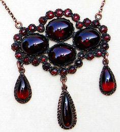 Antique Old World Bohemian Garnet Jewelry Estate Jewelry Garnet Jewelry, Garnet Necklace, Red Jewelry, Modern Jewelry, Jewelery, Fine Jewelry, Victorian Jewelry, Antique Jewelry, Vintage Jewelry