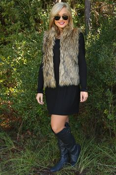 Fur-Ever In My Heart Vest: Tan/Black love this look Fall Winter Outfits, Autumn Winter Fashion, Winter Style, Piko Dress, Pretty Outfits, Cute Outfits, Fur Vest Outfits, Dress To Impress, What To Wear
