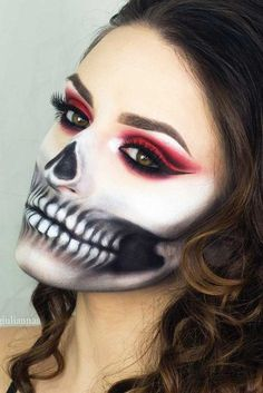 Easy neon skeleton makeup pretty women can inspire from and use for Halloween. Easy neon skeleton makeup pretty women can inspire from and use for Halloween. Halloween Skull Makeup, Sugar Skull Makeup, Halloween Makeup Looks, Halloween Skeletons, Halloween Ideas, Halloween Party, Gorgeous Makeup, Pretty Makeup, Skull Face Paint