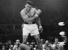 Subastan guantes de Muhammad Ali. Http://euro.mediotiempo.com/media/2011/08/01/muhammad-ali.jpg. El pasado 1 de diciembre de este año (2012) se llevó a cabo una subasta pública de algunos bienes de memorabilia de boxeo que pertenecieron al...
