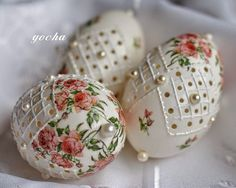 Oster Oster blonde ombre on black hair - Ombre Hair Egg Crafts, Easter Crafts, Egg Shell Art, Decoupage, Carved Eggs, Ukrainian Easter Eggs, Easter Projects, Faberge Eggs, Craft Ideas